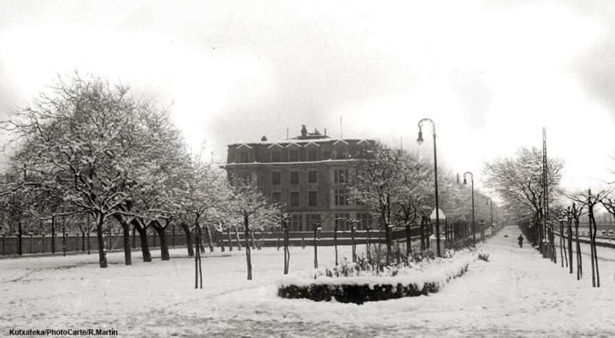 El Paseo de Francia bajo la nieve en 1928