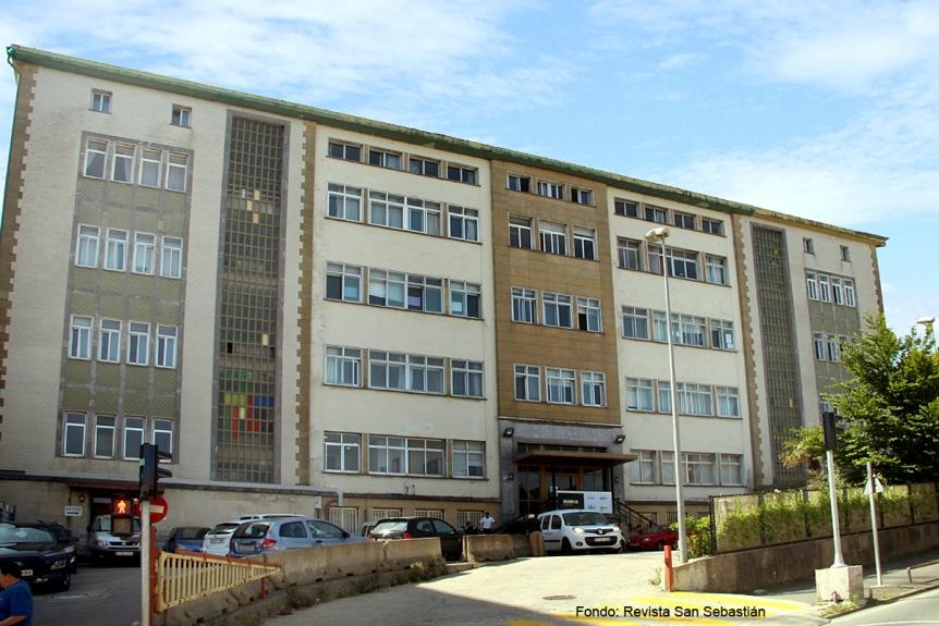 Derribo del colegio Marianistas en San Sebastián