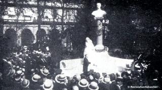 Inauguración del monumento a Usandizaga en San Sebastián